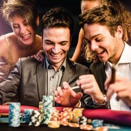 Mississippi Stud | Victory Casino Cruises